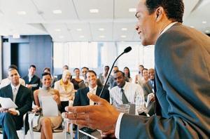 Hablar en público, curso de oratoria, domine la oratoria, como hablar en público